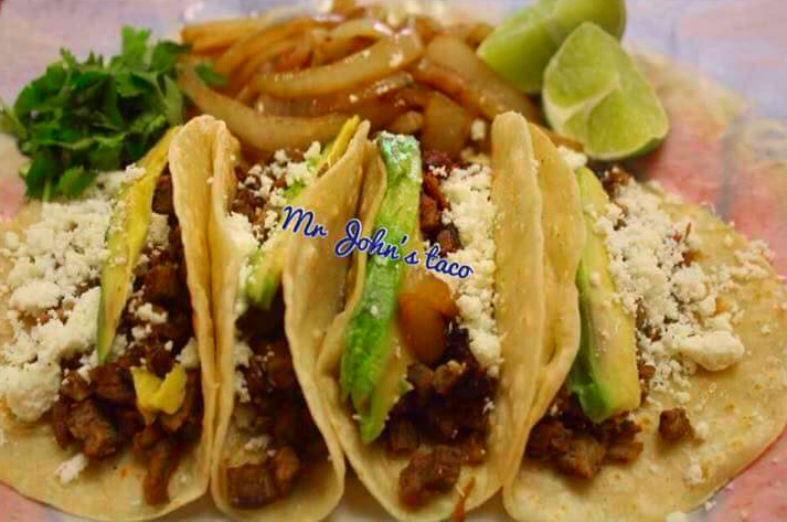 matamoritos-mr-johns-taco-zapata-tx-1