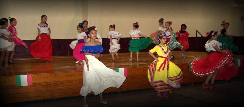 AL-Benavides-Elementary-Cheer-Team-Zapata-TX